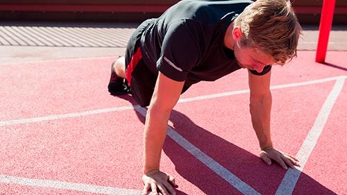 Træning kun med egen kropsvægt – Sådan gør du!