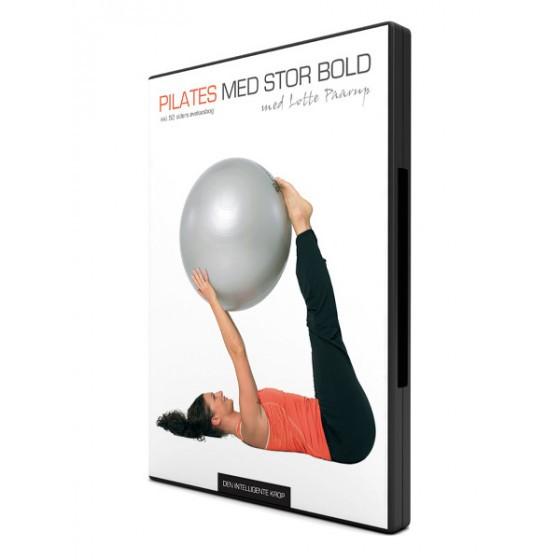 den intelligente krop Pilates med stor bold på den intelligente krop
